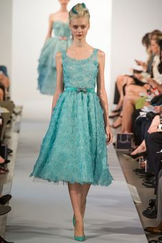 From Oscar de la Renta Spring 2013 collection. Pretty dress with lovely color and Beautiful material.
