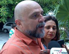Antonio Cervera candidato a presidente municipal de Benito Juárez por el Movimiento Ciudadano acudió a votar #Elecciones2013
