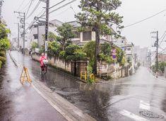 Y字路とT字路の境界事例。ただ、残余地の味わいがいい。それにしても豪雨。