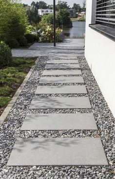 85 Affordable Front Yard Pathway Landscaping Ideas 2019 Affordable front yard walkway landscaping ideas The post 85 Affordable Front Yard Pathway Landscaping Ideas 2019 appeared first on Landscape Diy. Front Garden Entrance, Front Yard Walkway, Front Path, Front Garden Path, Front Steps, House Entrance, Gravel Garden, Garden Paths, Walkway Garden