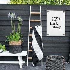 Sipp outdoor Tuinposter Enjoy the little things wit zwart kunststof vinyl S Outdoor Projects, Garden Projects, Garden Tools, Enjoy The Little Things, Garden Makeover, Garden Care, Back Gardens, Garden Inspiration, Home Deco