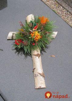 Most current Pics cemetery decorations Suggestions Grave Flowers, Cemetery Flowers, Funeral Flowers, Arrangements Funéraires, Funeral Floral Arrangements, Cemetary Decorations, Cross Wreath, Funeral Tributes, Memorial Flowers