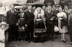 Μετσοβίτικος Γάμος Ημερομηνία λήψης: 04/09/1966 Τοποθεσία: Προαύλιο Αγίας Παρασκευής. www.metsovomuseum.gr