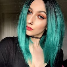 Short Black To Green Ombre Bob Synthetic Lace Front Wig Daily Hairstyles, Undercut Hairstyles, Pretty Hairstyles, Green Hair Ombre, Teal Hair, Bob Lace Front Wigs, Synthetic Lace Front Wigs, Ombre Bob, Lace Hair