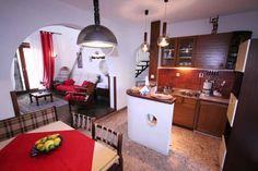 Ferienhaus Divas in Bibinje Zadar fast direkt am Meer Relax, Good Things, London, Divas, Table, Furniture, Home Decor, Teneriffe, Vacation