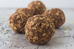 Coco Protein Bites Recipe: 1 C rolled oats 1 tbsp. protein powder 1 tbsp. coco powder 4 tbsps. chia seeds 1 tbsp. peanut butter powder (pb2) ½ cup apple sauce 15-20 drops stevia (to taste)