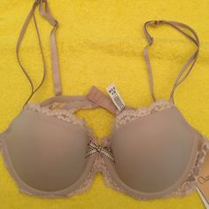 Bra New with tags CHANTELLE Intimates & Sleepwear Bras