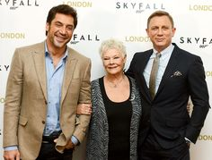 Dame Judi Dench was flanked by Javier Bardem and Daniel Craig at the Oct. 22 photo call for Skyfall in London.