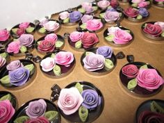 Beautiful quilled roses w/video tutorial