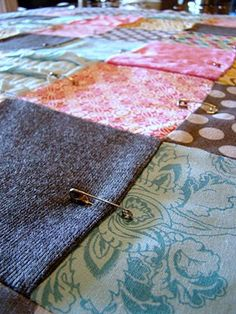 Easiest Steps to Making a Quilt. More ideas for my sewing machine that's still in the box....