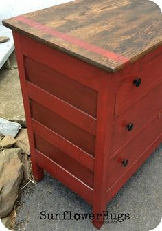 SunflowerHugs: Posh Red Dressers