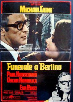 Funeral In Berlin Italian fotobusta movie poster. Michael Caine