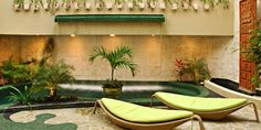 Maya Villa Condo Hotel: The grounds of this 17-room hotel are filled with lush palms, gardens and pools.  Playa Del Carmen