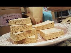 Turrón de maní marmolado casero - YouTube Argentina Food, Dried Fruit, Fudge, Almond, Sweets, Cheese, Snacks, Desserts, Argentinian Recipes