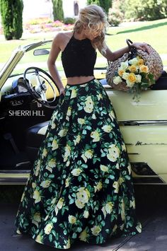 Her skirt is fabulous!