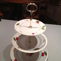 Make this from your old dinner service.
