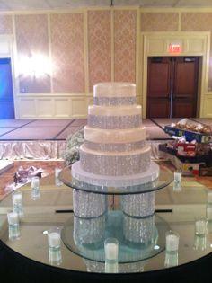 Bling ribbon wedding cake www.weddingsbyholiday.com