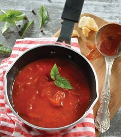 ¡Prepara tu propia salsa para pasta!