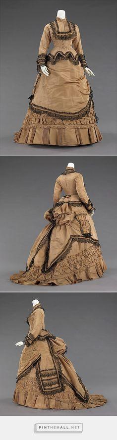 Walking dress 1870-75 American | The Metropolitan Museum of Art