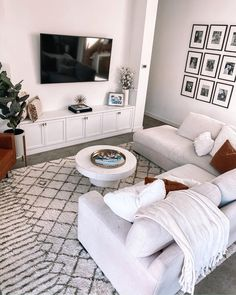 Cozy living room inspo care of Living Room Built Ins, Living Room Goals, Cozy Living Rooms, Living Room Grey, Living Room Kitchen, Living Room Furniture, Living Room Decor, First Apartment, Apartment Ideas