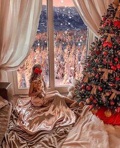 - Happy Christmas - Noel 2020 ideas-Happy New Year-Christmas Christmas Couple, Christmas Mood, Merry Christmas, Christmas Countdown, Christmas Pictures, Christmas Girls, Illustration Noel, Fashion Magazin, Christmas Markets Europe