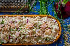 Hierdie is nie net 'n slaai nie, maar ook geskik vir 'n ligte middagete om in te pak vir die werk se kospakkie en ook vir honger monde na skool. My idee van vinnige etes is enige iets wat ek onder 30 minute kan maak en met South African Recipes, Afrikaans, Rolling Pin, Pasta Dishes, Kos, Salad Recipes, Salads, Recipies, Low Carb