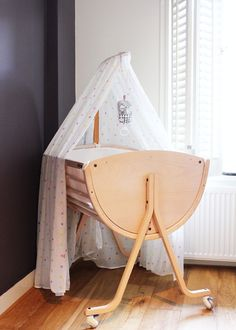 Stokke Sleepi bassinet (cannot find this version of the bassinet anywhere!)