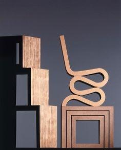 Frank Gehry cardboard furniture. Laminated cardboard classics.