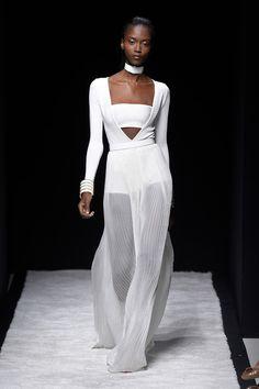Balmain Catwalk Fashion Show Paris Womenswear SS2015 | Team Peter Stigter, catwalk show, streetwear and fashion photography