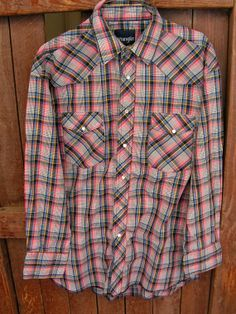 Vintage Wrangler Pearl Snap Shirt / Red Plaid Cowboy Western Shirt / Western Rockabilly Shirt