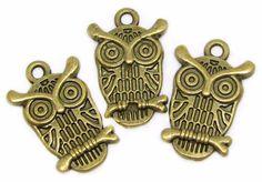 Charms : 10 Antique Bronze Owl Charms   Brass Owl Pendants   Bird Charms