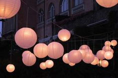 Paper lanterns for outdoor wedding reception http://www.weddingsontheamalficoast.com/ravello-wedding-jackie-constantin-sinagra.html