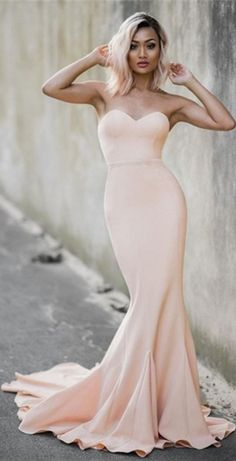 Simple Nude Mermaid Prom Dresses Sweetheart Neck Sleeveless Evening Gowns