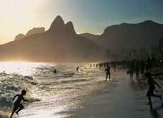 IPANEMA RIO DE JANEIRO (Foto: Christophe Simon/AFP) - Rio de Janeiro recebe título de Patrimônio Mundial pela Unesco