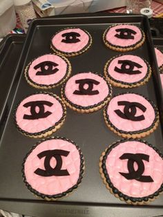Channel theme cookies