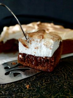 A decadent dessert or tea-time treat this Gorgeous Chocolate Cherry S'more Brownie is a sweet that falls in the to-die-for category. Once you take that first bite and experience the toasty ou…