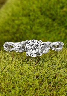 use natural elements when photographing your wedding ring.
