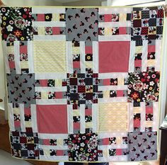 Busy Hands Quilts designs quilt patterns in most sizes from wall to king with clear instructions and graphics. Quilting Patterns, Hand Quilting, Quilting Designs, Mickey Mouse Quilt, Minnie Mouse, Disney Quilt, Traditional Quilts, Quilt Bedding, Happy Colors