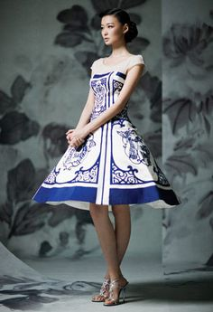 Blue and white porcelain themed wedding dress
