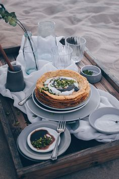 Emirati Saffron Cardamon Pancakes (Chebab) - A Vegan Recipe by Kati of black.white.vivid. // food photography, food styling, desert food, Ramadan recipe, Emirate cuisine, UAE, desert picnic
