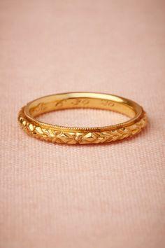 vintage gold wedding band