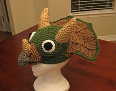 Triceratops Crochet Hat Pattern. WOW!!!  I love it...i have a nephew who wold love me forever!!! @Ashley Yamashita look
