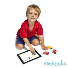 Marbotic - Jeu 10 Doigts disponible sur iPad et Androïd accompagné du jeu en bois 10 Chiffres. Application et jeu en bois destinés aux enfants de 2 à 6 ans.