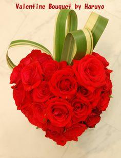 バラのハートの花束