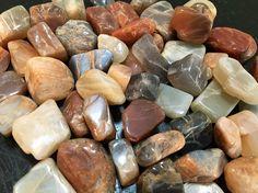 Moonstone Crystal (tumbled stone)