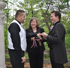 Gay Wedding Ceremony - Starved Rock Lodge in Illinois