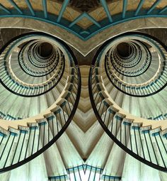 Staircase at the Netherlands Ministry of Economic Affairs, Agriculture & Innovation (EL) by josef.stuefer via flickr
