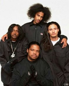 Layzie Bone with Bone Thugs-N-Harmony in a Long Sleeve Ben Davis Co. Hip Hop And R&b, Love N Hip Hop, 90s Hip Hop, Hip Hop Rap, Rap Music, Soul Music, Music Love, Hiphop, Hip Hop Images