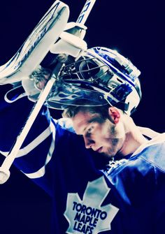 James Reimer, Toronto Maple Leafs - He was amazing in the game last night against the Buffalo Sabres Hockey Goalie, Hockey Teams, Hockey Players, Ice Hockey, Toronto Maple Leafs Wallpaper, Nhl, Leafs Game, James Reimer, Maple Leafs Hockey