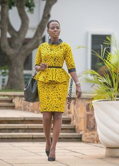 Latest african fashion outfits looks 6244 African Fashion Ankara, Latest African Fashion Dresses, African Print Dresses, African Print Fashion, Africa Fashion, African Dress, African Style, African Prints, Ankara Rock